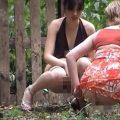 外国人女性の野ション動画【無修正】