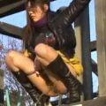 公園の遊具や土手や道端で野外放尿する女達