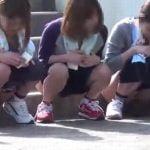 部活動中に尿意を催した女子校生が野外放尿