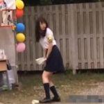 文化祭でメガネの真面目女子校生にバイブ仕込んで失禁するまでイタズラ!