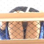 歩道橋から放尿する女