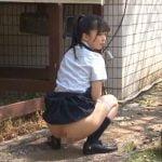 野ション後、女子校生が変態オジさんに襲われます!